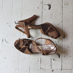 Schokolade platforms  1940s shoes  vintage 40s by DearGolden-- these are incredible!