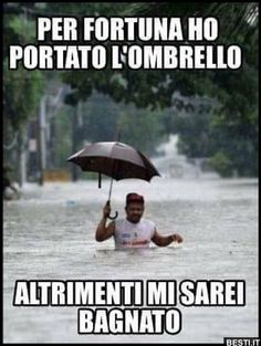Funny Video Memes, Stupid Funny Memes, Funny Facts, Funny Images, Funny Photos, Italian Memes, Funny Test, Funny Messages, Funny Cute
