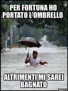 Funny Video Memes, Stupid Funny Memes, Funny Facts, Funny Images, Funny Photos, Italian Memes, Funny Test, Good Morning Good Night, Funny Cute