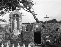 Clondalkin Co Dublin St Brigids Well Dublin Ireland, Ireland Travel, St Brigid, Irish Culture, Catholic Religion, Roman Catholic, Ancient History, Dream Vacations, Old Photos