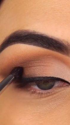 Eyebrow Makeup Tips, Eye Makeup Steps, Makeup Eye Looks, Beautiful Eye Makeup, Eye Makeup Art, Natural Eye Makeup, Beauty Makeup Tips, Smokey Eye Makeup, Skin Makeup