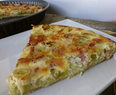 Quiche de puerros y bacon Quiches, Other Recipes, Sweet Recipes, Healthy Recipes, Healthy Food, Classic French Dishes, Bacon, Empanadas, Love Food