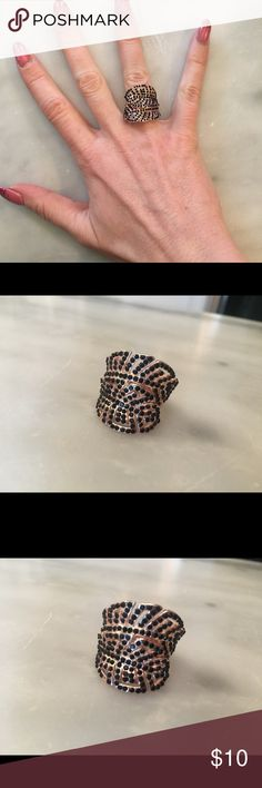 Rose gold and black crystal fashion ring size 6 Pretty leaf shaped rose gold ring with black rhinestones! Size 6. New without tags! Never worn. Jewelry Rings
