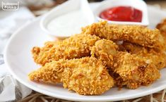 Less calories, just as delicious. Great chicken nuggets in a diet friendly version. No fat, no gluten, no frying! Chicken Nuggets, Fried Chicken, Chicken Wings, Snack Recipes, Snacks, Polish Recipes, Polish Food, Onion Rings, Fries