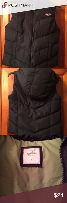 Hollister Down Filled Vest Small Great condition, zipper works well. Has a hood. Down filled. Navy blue with le green inside. Size small. Hollister Jackets & Coats Vests