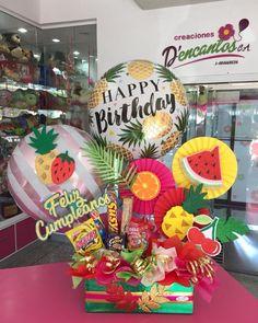 Candy Bouquet Diy, Diy Bouquet, Balloon Bouquet, Happy Birthday Me, It's Your Birthday, Birthday Gifts, Diy Best Friend Gifts, Diy Gifts, Diy And Crafts