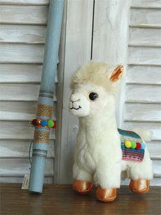 Χειροποίητη λαμπάδα πασχαλινή lama για αγόρια Snowman, Teddy Bear, Toys, Outdoor Decor, Animals, Home Decor, Light Bulb Vase, Cape Clothing, Activity Toys
