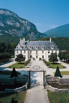 Chateau de Sassenage, Auvergne-Rhône-Alpes, France - stunning architecture & scenery #classical...x