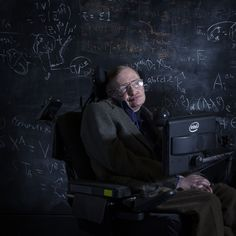 Apple CEO Tim Cook Commemorates the Life of Stephen Hawking - Top Stream Tech Stephen Hawking Life, Professor Stephen Hawking, Physicist Stephen Hawking, Stephan Hawkings, Seize Ans, History Of Time, Oscar Winning Films, Quantum Entanglement, Theoretical Physics