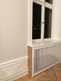 Våra elementskydd - 34 kvadrat - Metro Mode Diy Radiator Cover, House Skirting, Flat Ideas, Home Living Room, Interior Inspiration, Outdoor Furniture Sets, Sweet Home, New Homes, Cover