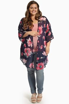 Throw this floral printed maternity kimono over any look for a simply vibrant statement accent.