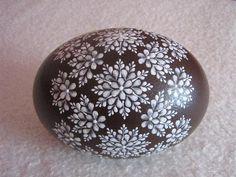 яйца расписанные цветным воском