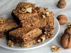 Hriešne dobrý zákusok: Orieškové londýnske rezy Healthy Cake, Healthy Recipes, Sweet Desserts, Banana Bread, Sweet Tooth, Food And Drink, Healthy Eating, Sweets, Vegan