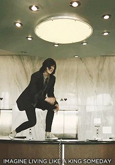 Just a casual kellin quinn singing on a desk. No biggie. *dies from the feels*