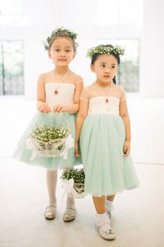 Mint Flower Girl Dresses   http://brideandbreakfast.ph/2015/08/20/quirky-cuties/   Photography: Law Tapalla
