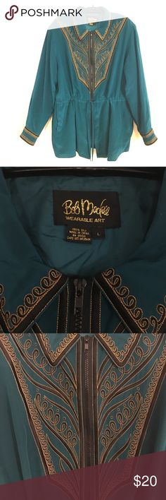 Women's Vintage Bob Mackie Green Silk Jacket top L 🖤Bob Mackie - Wearable Art- women's - Large- Vintage - 100% Silk- Green- Embroidered front - Light Weight Designer Jacket - zips- really nice vintage condition w a few HTS snags in the collar -( in embroidery ) so hard to see. See pic. Selling as is. Smoke free home. 🖤 such a beautiful piece ! Bob Mackie Jackets & Coats Blazers