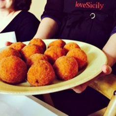 Arancini.... #Sicily #sicilianfood #italy #streetfood #homefood