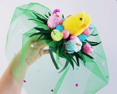 How to make a Girl's DIY Chicken Easter Hat Bonnet for school parades, pretty pastel baby chickens and easter egg design #easter #eastercrafts #easterhat #easterhatparade #easterbonnet