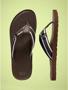 9837404884f Don t like men in flip-flops