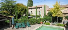 Home holiday rentals south of France in the Provence. Luxury vacation villa Floravine for rent