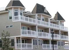 Jersey Shore Vacation Rentals: Seaside Heights Luxury Townhouse Condominium Near Beach