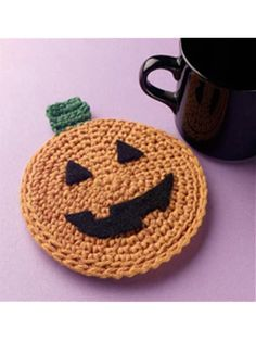 Pumpkin Coaster - Karen Whooley #Free #Crochet #Pattern free-crochet.com Membership site - membership is free and well worth it!
