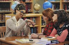 Tyra Banks Does Nerdy For Disneys Shake It Up