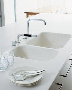 Gorgeous White Corian Work Surfaces Kitchen Amp Dining