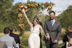 Boho country wedding ideas. www.bohodaydreams.com