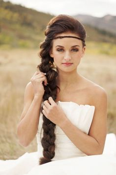 rustic wedding hair I want a side braid as well with flowers in twined in it and maybe a crown of flowers as well. Rustic Wedding Hairstyles, Formal Hairstyles, Braided Hairstyles, Rustic Wedding Inspiration, Hair Inspiration, Wedding Ideas, Bridal Hair, Hair Wedding, Wedding Attire