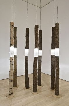 Ione Thorkelsson, Arboreal fragments, 2004 - cast glass, found wood, lights - National Gallery of Canada Vitrine Design, Diy Lampe, Cast Glass, Wood Lamps, Arte Floral, Wood Sculpture, Lighting Sculpture, Light Art, Public Art