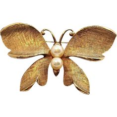 Capri Butterfly Brooch  Brushed Goldtone Metal with Genuine Pearls. https://www.rubylane.com/shop/elainesjewelry