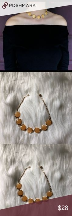 vtg bubble necklace vtg bubble necklace. almost choker length. pretty light orange color. great vintage condition, light signs of wear. Vintage Jewelry Necklaces