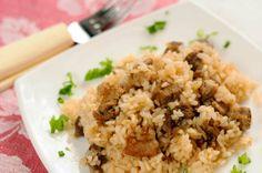 Gosht Pulao (beef rice) - Hot Indian Recipes Rice Recipes, Cooking Recipes, Easy Recipes, Indian Beef Recipes, Ethnic Recipes, Beef Samosa, Rice Types, East Indian Food, Karahi Recipe