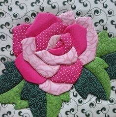 Craft-o-Rama — From on Quilt Block Patterns, Applique Patterns, Applique Quilts, Applique Designs, Quilting Designs, Diy Embroidery Flowers, Simple Embroidery Designs, Flower Quilts, Fabric Flowers