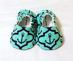 Nautical Anchor Baby Booties  Newborn Infant by CharliesGiraffe