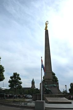 GËLLE FRA MEMORIAL  This golden lady on Constitution Square was placed there for the first time in 1923 to commemorate the Luxembourgers who died in World War I.