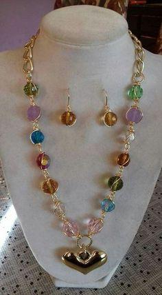 1b1b08131e7d Resultado de imagen para collares y aretes en nacar picada Collar De  Colores