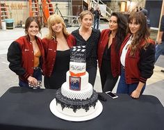 I can't imagine that pretty little liars is ending,this series is one of the best in the whole world. Those pretty little liars made a good work. The ships made me feel sad or happy,Ezria is my fav ship and will be forever in my heart.My friends and I are obsessed with Pll.-A will be forever in my soul Goodbye bitches -A