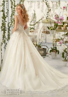 Wedding Dress 2818 Intricate Crystal Beaded Embroidery Decorates the Tulle Ball Gown
