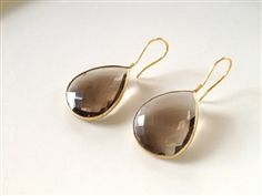 Smoky Quartz Tear Drops- How to do simple but awesome. Would be an excellent choice for beautiful stones that don't need added adornment