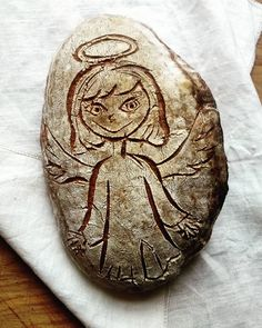 Domácí kváskový chléb - Anděl Homemade sourdogh bread - The angel Coins, Personalized Items, Coining, Rooms