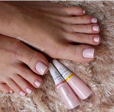 53 Ideas For Pedicure Polish Toe Perfect Nails, Gorgeous Nails, Pretty Nails, Hair And Nails, My Nails, Feet Nails, Toe Nail Designs, Nails Design, Simple Nails