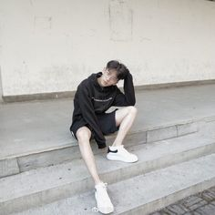 Korean Fashion – How to Dress up Korean Style – Designer Fashion Tips Cute Japanese Boys, Cute Korean Boys, Cute Boys, Korean Fashion Men, Korean Street Fashion, Boy Fashion, Korean Boys Ulzzang, Ulzzang Boy, Edgy Outfits