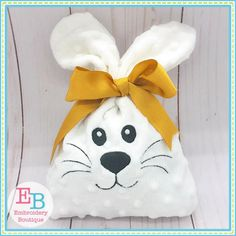 In the Hoop Projects Embroidery Designs, Embroidery Boutique, Embroidery Bags, Machine Embroidery, Embroidery Files, Bunny Bags, Bunny Bunny, Childrens Sewing Patterns, Easter Bunny Decorations