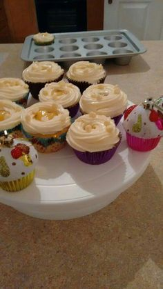 Christmas Cakes, Cupcakes, Desserts, Food, Tailgate Desserts, Xmas Cakes, Cupcake, Meal, Deserts