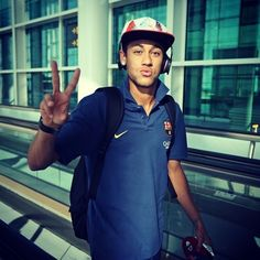 Neymar FC Barcelona So cute so handsome and amazing Neymar Jr, Messi And Neymar, Lionel Messi, Good Soccer Players, Football Players, Fifa, Barca Team, Soccer Boyfriend, Bae