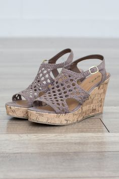 Crochet Wedge Sandal - Taupe I love wedges and mules my favorite shoe Flats, Shoes Sandals, Sandal Wedges, Wedge Sandals Outfit, Cute Shoes, Me Too Shoes, Summer Shoes, Summer Wedge Sandals, Summer Wedges