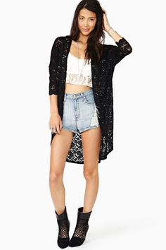 How can you NOT love this cardi?!