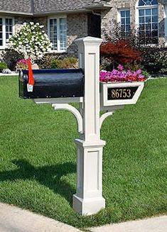 Mailbox Planter Address Plaque- This stylish address plaque, designed to fit the Westbrook or Signature Vinyl Mailbox Post, is made of recycled cast aluminum and painted with a weather resistant Mailbox Planter, Mailbox Garden, Diy Mailbox, Mailbox Landscaping, Mailbox Post, Mailbox Ideas, Landscaping Ideas, Mulch Landscaping, Mailbox Designs